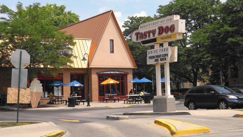 Tasty Dog Oak Park