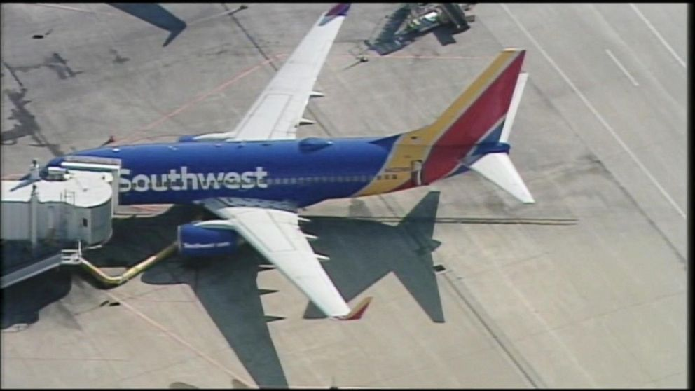 southwest airlines what makes them Southwest airlines was founded in 1967 by rolling king and herb kelleher it started its operation in these new elements (people, process and 1971 covering intrastate texas cities, dallas, houston physical evidence) may decide the success and and san antonio.