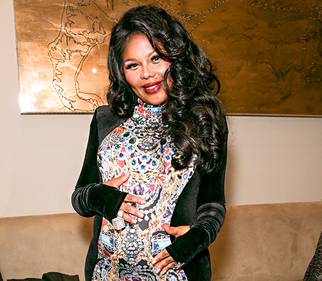 Lil' Kim Gives Birth to Baby Daughter, Names Her Royal Reign