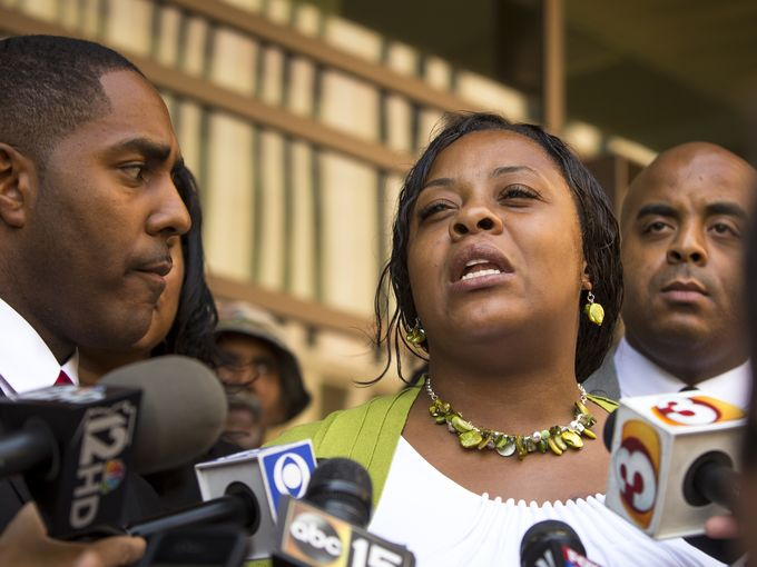 Deal Reached In Shanesha Taylor Case The Mother Who Left Kids In Car While At Job Interview. No Jail Time