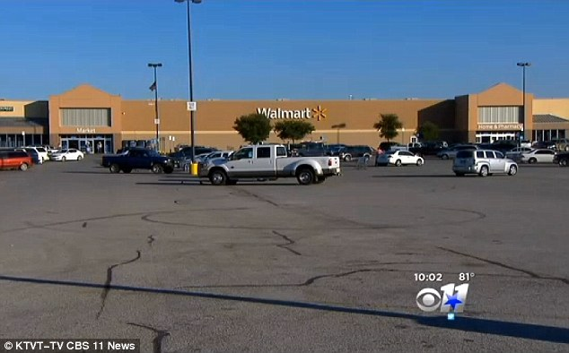 texas teen lives in walmart