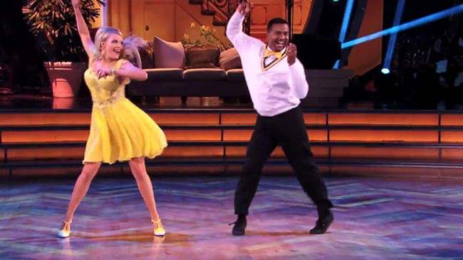 "Alfonso Ribeiro Took Them Back To Carlton On ""Dancing With The Stars"" [Video]"