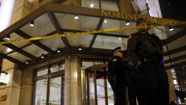 Chicago- Gunman Shoots Woman, Kills Self At Nordstrom On Michigan Avenue