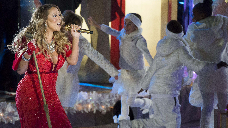 Mariah Carey sing xmas