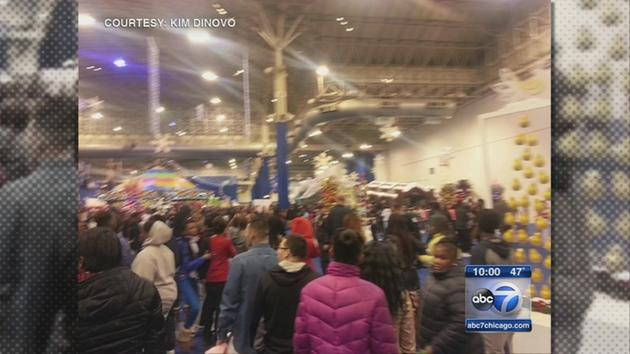 Large Fight At Navy Pier's Winter Wonderland One Person In The Hospital