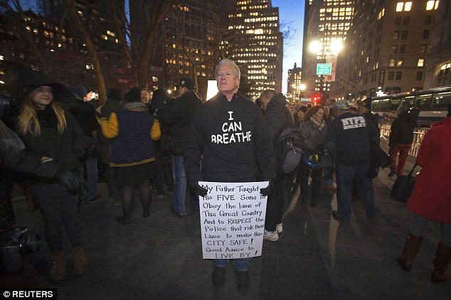 'I CAN breathe': More Than 100 Police Supporters Storm New York City In Sick T-Shirts Mocking Eric Garner's Last Words