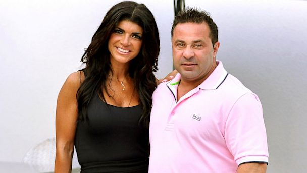 Teresa & Joe Giudice Allegedly Raided! Federal Agents Swarm Giudice Home, Seizing Cash & Xmas Gifts
