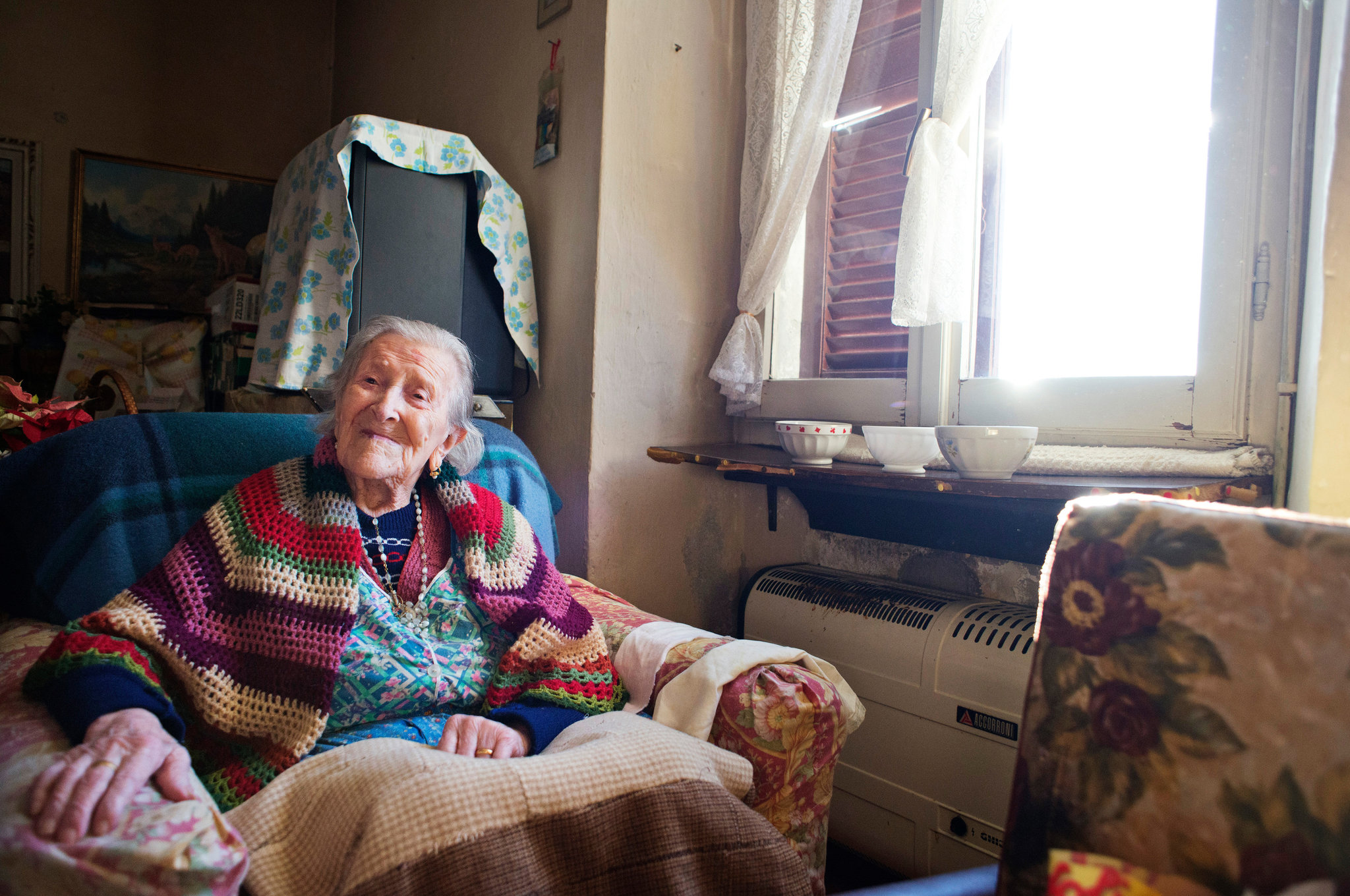 115 yr old woman