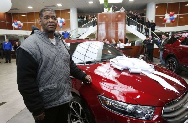 Detroit Man Walking 21 Miles A Day To Work Was Surprised With A New Car