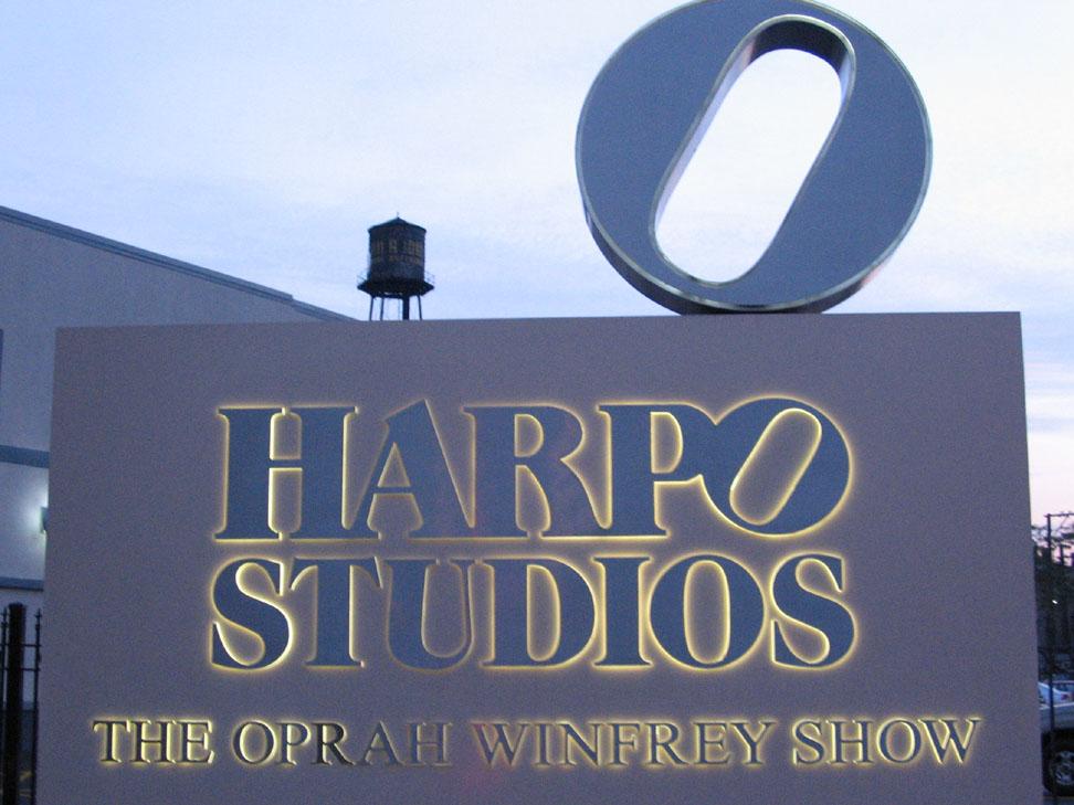 Harpo-studio-sign-in-chicago-ill-usa