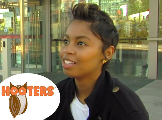 Black Hooters Waitress Fired For Having Blond Highlights Wins $250K Discrimination Lawsuit