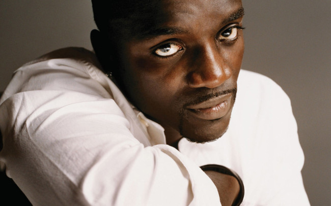 Akon Launches Solar Academy To Provide Electricity To Africans