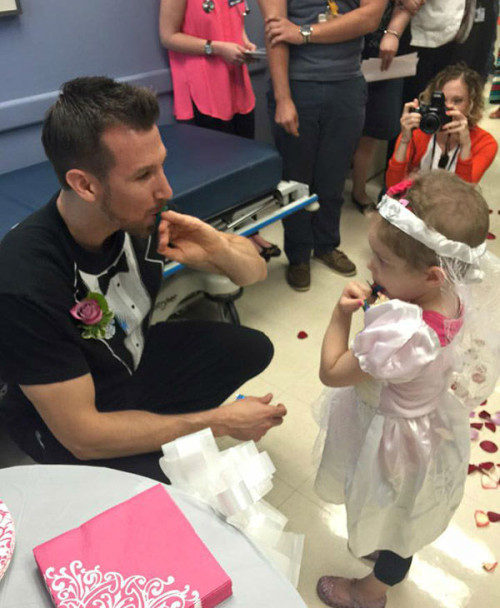 4 Year Old With Cancer Gets Her Wishes Answered When She Marries Her Favorite Nurse