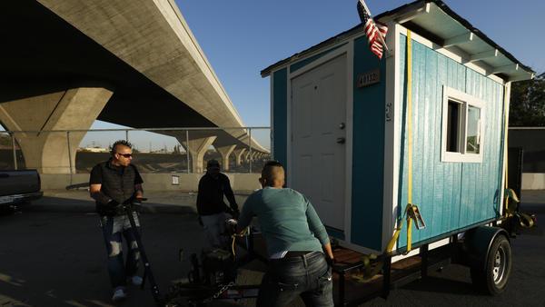 la-me-tiny-houses-seized-pictures-20160225