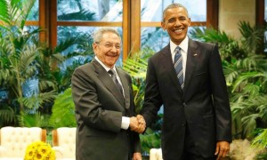 Barrack Obama Gets A Grand Greeting From Cuban President Raul Castro