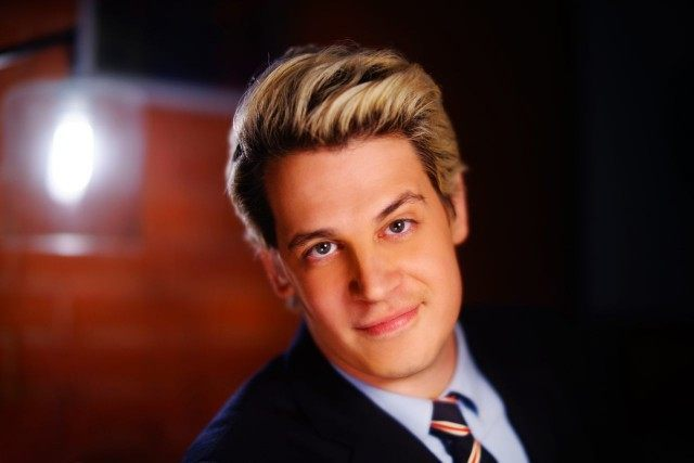 Twitter Has Banned Columnist Milo Yiannopoulos For Life After Setting Off Fans To Send Racist Tweets Against Leslie Jones