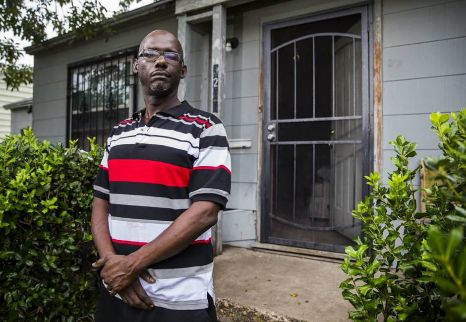 Although The Law Does Not Exist, Black Man Forced To Pay City Of Dallas $259 For Not Wearing Bicycle Helmet; Warrant Issued For His Arrest