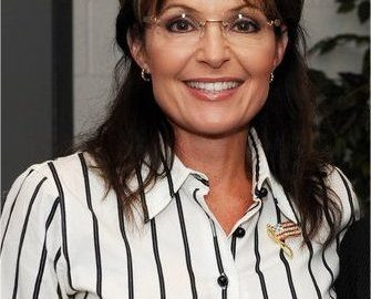 "Sarah Palin Is Asking For Kaepernick To Suffer Physical Harm; She Says,""Let's Sack This Ungrateful Punk"""