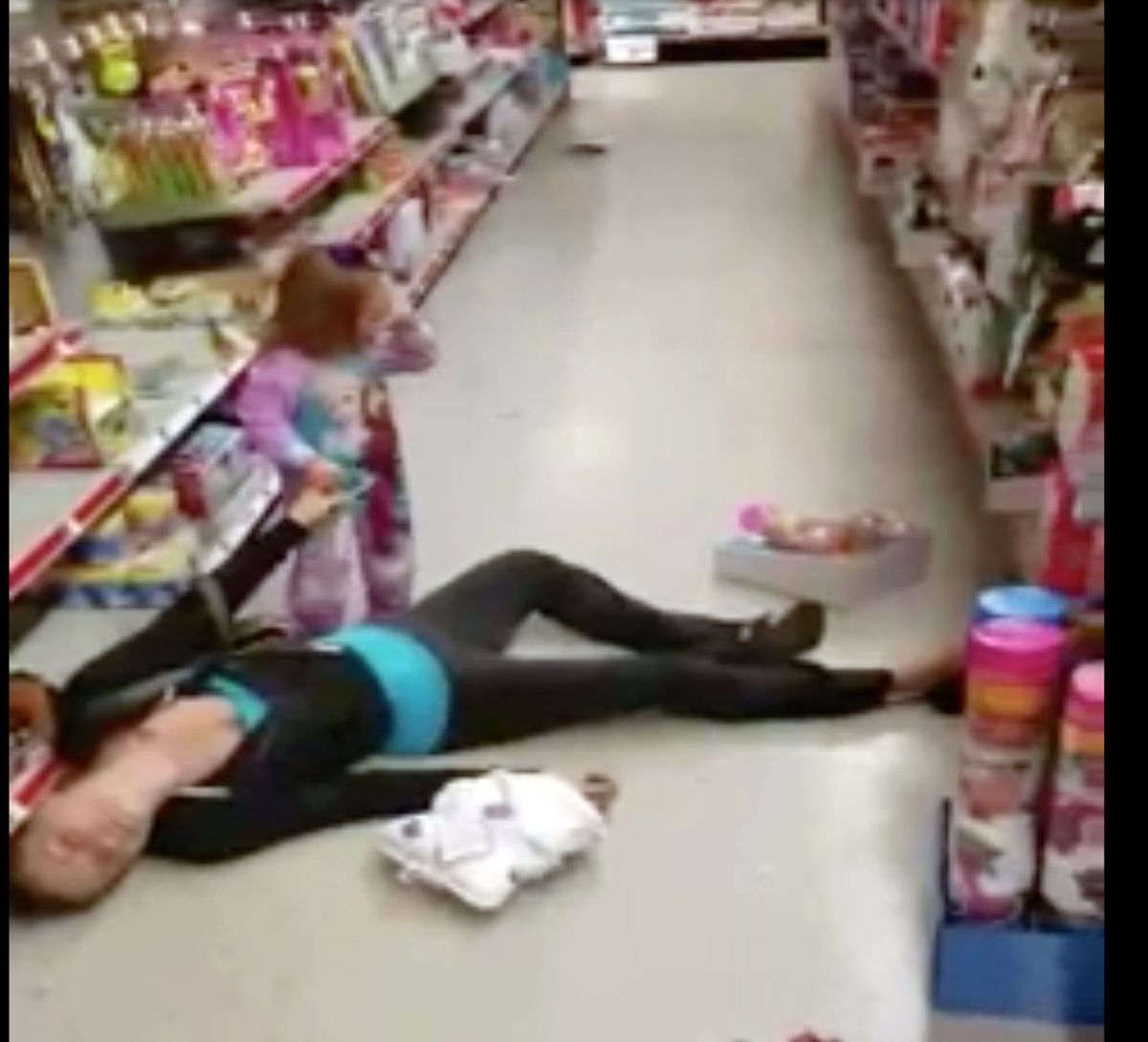 Video Shows Mother Overdose On Heroin In Family Dollar Store & 2-Year Old Trying To Wake Her