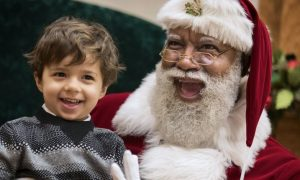 Mall Of America Used A Black Santa & Online Racists Are Having A Disgusting Fit Asking For A Boycott