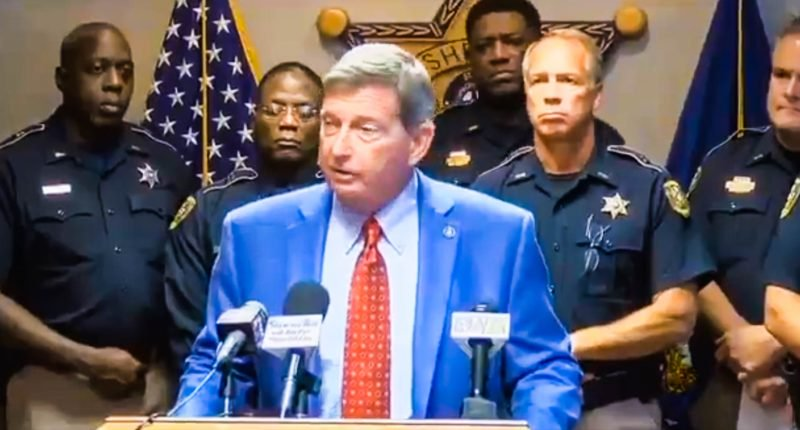 """Louisiana Sheriff Does Not Want To Release Good Prisoners, He Says """"We Use Them To Wash Cars"""""""