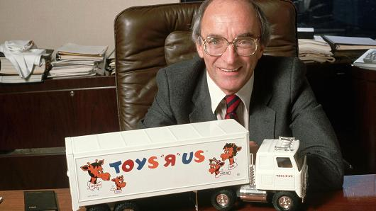 """The Founder Of """" Toys R Us"""" Charles Lazarus Has Died At 94"""
